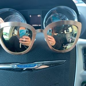 DIFF Lily Sunglasses in Rose Gold